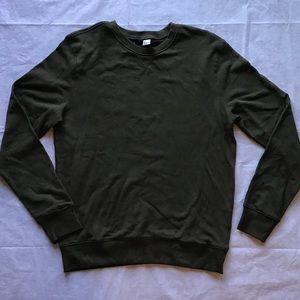 DIvided men's crew fleece Tyler Poseys wardrobe